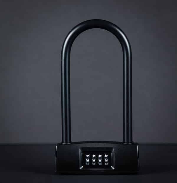 A black u numeric lock with black background