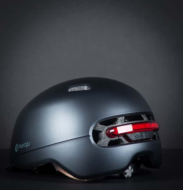 Smart helmet with rear lights with black background